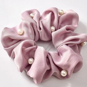 Diamonds & Pearls Scrunchie - Soft Pink